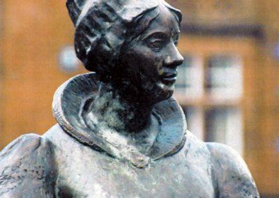 Elizabeth Crichton memorial